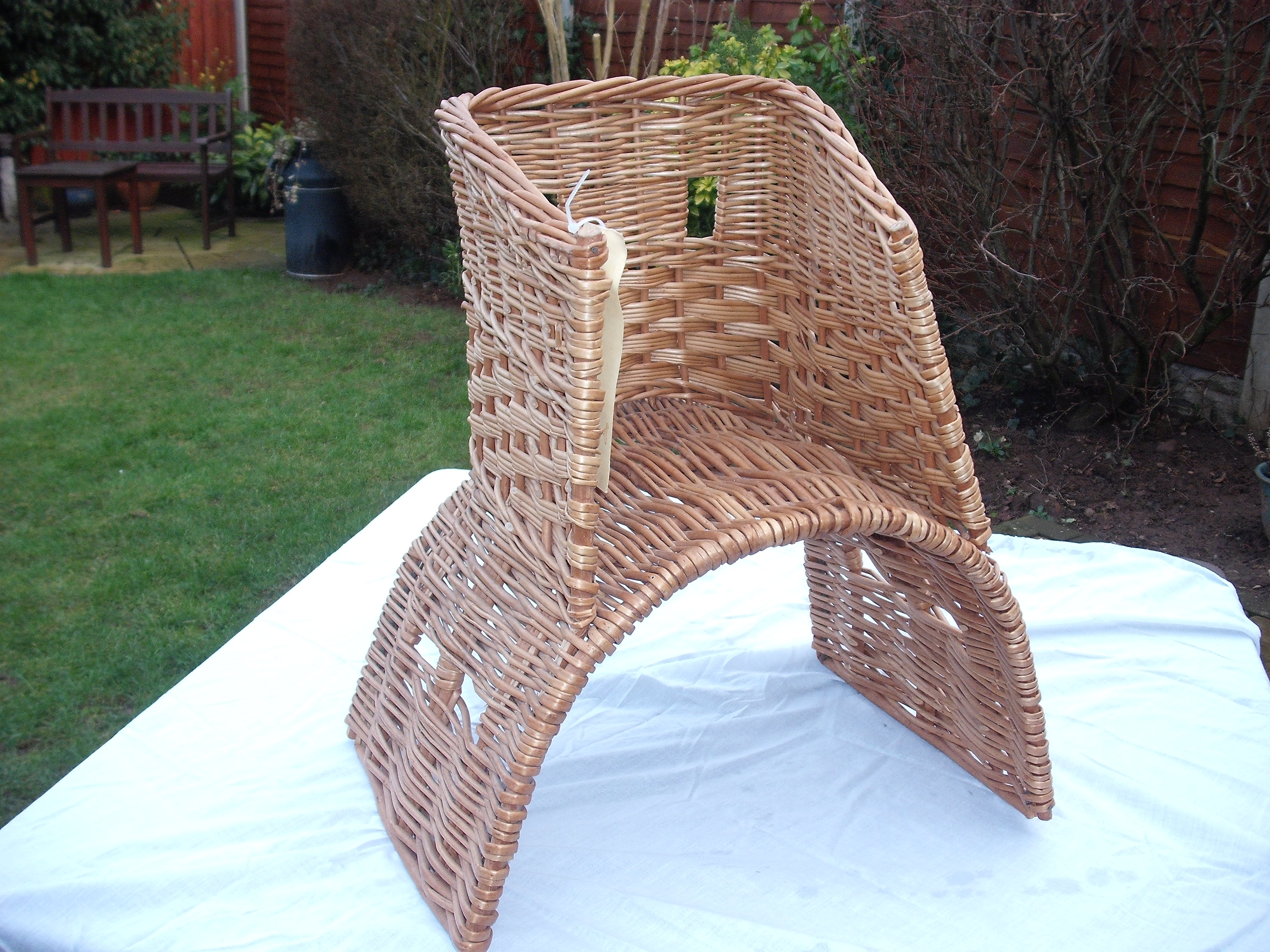 Saddle Basket Chair